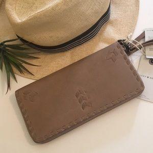 💕💕Lucky Wristlet / Wallet